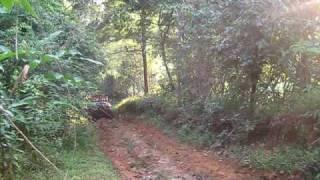 Defender 110 panamá vía Río Indio-Chepo