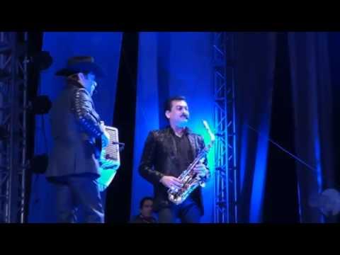 Download Los Tigres Del Norte en vivo EL CONTGIO