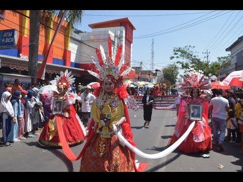karnaval-cantik-sman-1-genteng-banyuwangi-2019