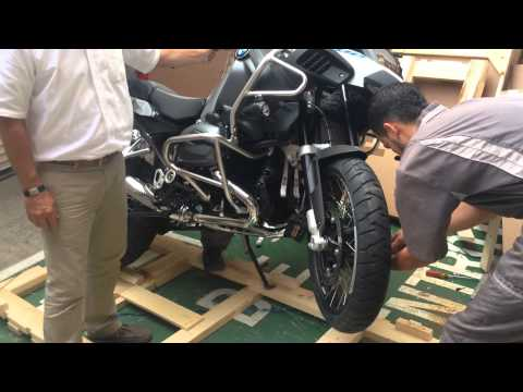 2014 BMW R 1200 GS Adventure Unpacking and First Ride