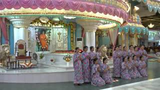 Prashanthi Mandir Bhajans 5th March 2016 - ATP Students