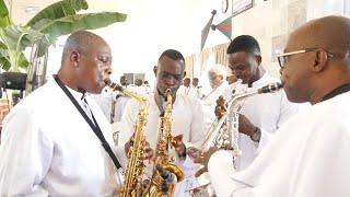 C&S song Efi ayo sin ( praise God with joy) oke Ajaye choir