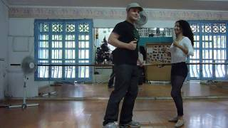 Learning salsa caleña in Colombia