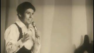 """Raphael con """"Hava Nagila"""" en el III Festival de la cancion moderna en Brasov Rumanía  1970"""