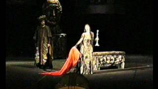 Victoria Chenska - Una macchia è qui tuttora!- Macbeth