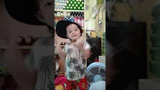 Download Video Goyang ketek Ayunda MP3 3GP MP4