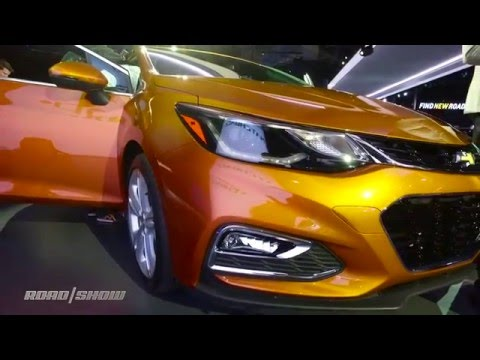 Chevrolet proves the American hatchback isn't dead with new Cruze debut