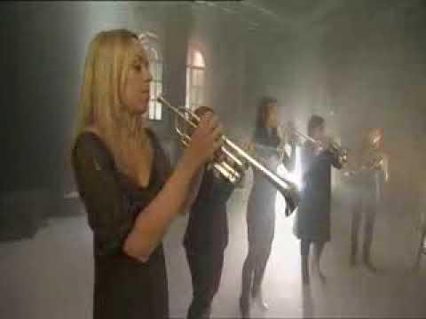 Carmen par Tine Thing Helseth et son orchestre de cuivres