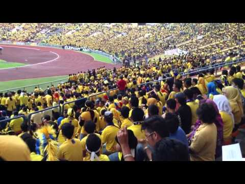 Final Piala Malaysia - 2013 ( Pahang Supporters Edition) 3 Travel Video