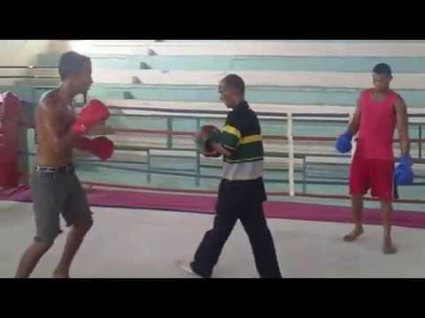 2013-04-23 Cuban Boxing Gym (Holguin)