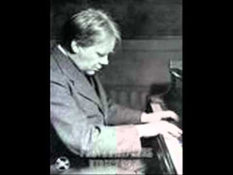 Edwin Fischer plays Mozart Sonata in A Major K 331