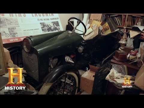 Free Car History Report >> American Pickers: The Rare Merz Cycle Car | History - YouTube