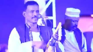 محمد النصري يعذب جمهورو علي عزف اغانيه بحر الشعاع اغاني طنبور 2018