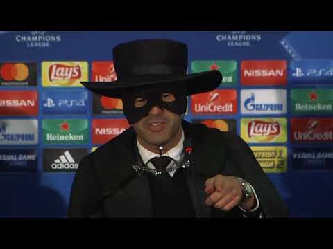 Shakhtar Donetsk manager Paulo Fonseca dressed up as Zorro!