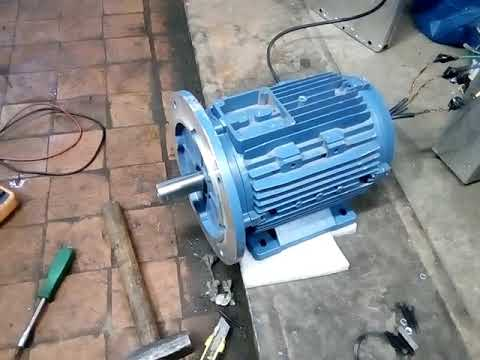 Первий запуск синхроного мотора для електромобиля