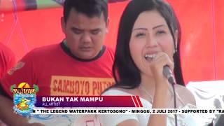 Download Video VIDEO SAMBOYO PUTRO ASLI WATERPARK KERTOSONO MP3 3GP MP4
