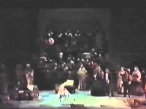 """Joan Sutherland Live as Desdemona (Otello, Act 3, """"A terra... E un di sul mio sorriso"""")"""