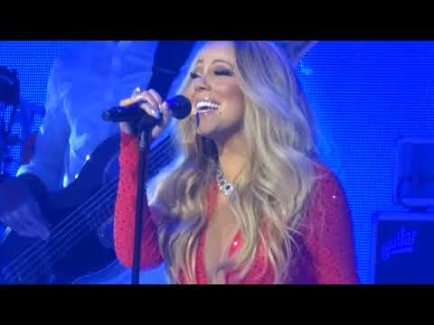 Mariah Carey - O Holy Night Live Las Vegas 12-17-17