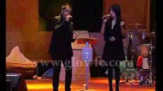 Sari & Sammy Simorangkir - Ku Hidup Bagi-MU.flv