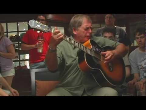 TFcon 2011: Garry Chalk aka Optimus Primal sings and plays guitar in the hotel bar