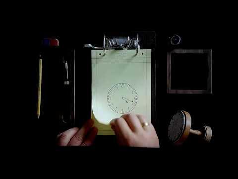 Een van de menselijke klokken van Maarten Baas.