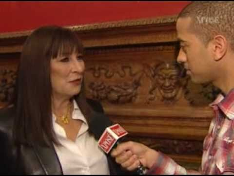 Anjelica Huston - TV3 Interview