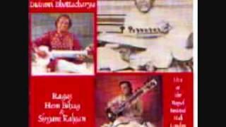 Live sitar & sarod - I. Bhattacharya & Aashish Khan