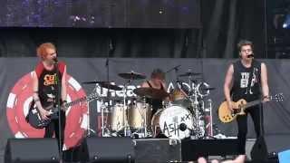 "5 Seconds of Summer- ""She Looks So Perfect"" (720p) Live @ the IHeartRadio Festival Villiage '14"