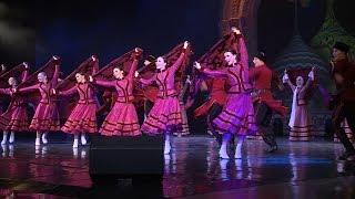 Национальный балет «Кострома» дал благотворительный концерт на домашней сцене