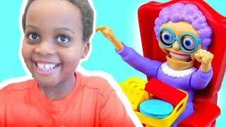 GREEDY GRANNY GAME Toy Game Challenge Shasha and Shiloh - Onyx Kids