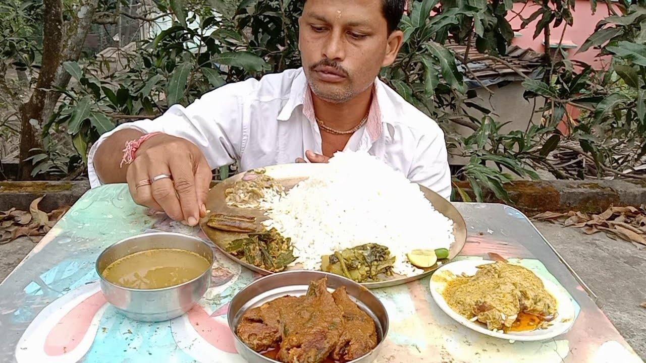 Eating Pure Bengali Lunch Menu | Burned Eggplant ( Begun Pora ) | Doi Katla Fish| Pui Mituli Spinach