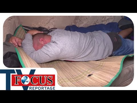Obdachlos am Ballermann | Gestrandete Deutsche auf Mallorca - Focus TV Reportage