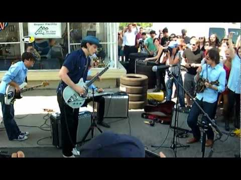 Jack White - Ball and Biscuit Denver B-Show August 8, 2012 mp3