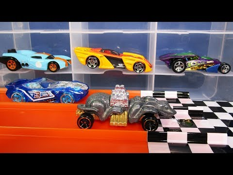 JNR The Cat vs The Rats on the Hot Wheels Race Crate 20181109 Jammers and Racing!