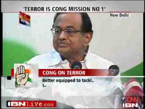 Journalist throws shoe at Chidambaram