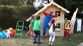 Five kids family sing Build Playhouse song | Kids song & Nursery rhymes | Chiki-Piki
