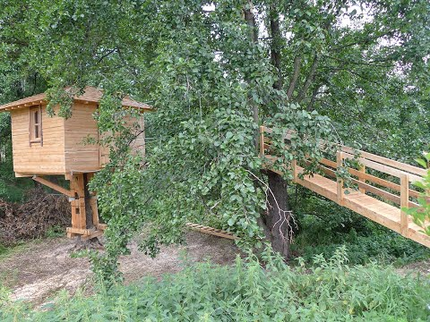видео: Домик на дереве в Натальино