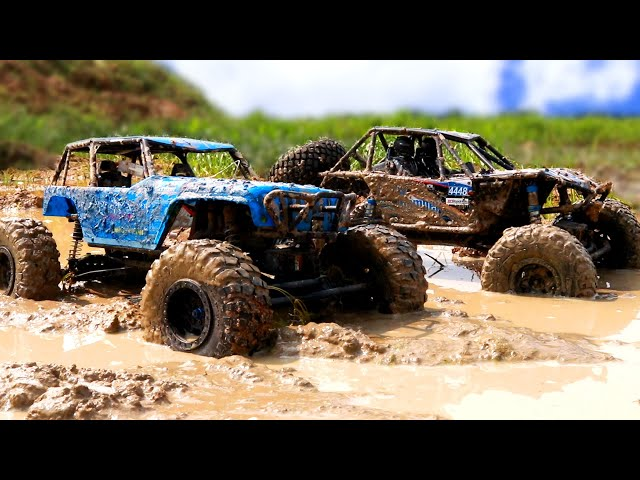Off Roading Rc Cars in Deep Mud - Axial Wraith 4x4