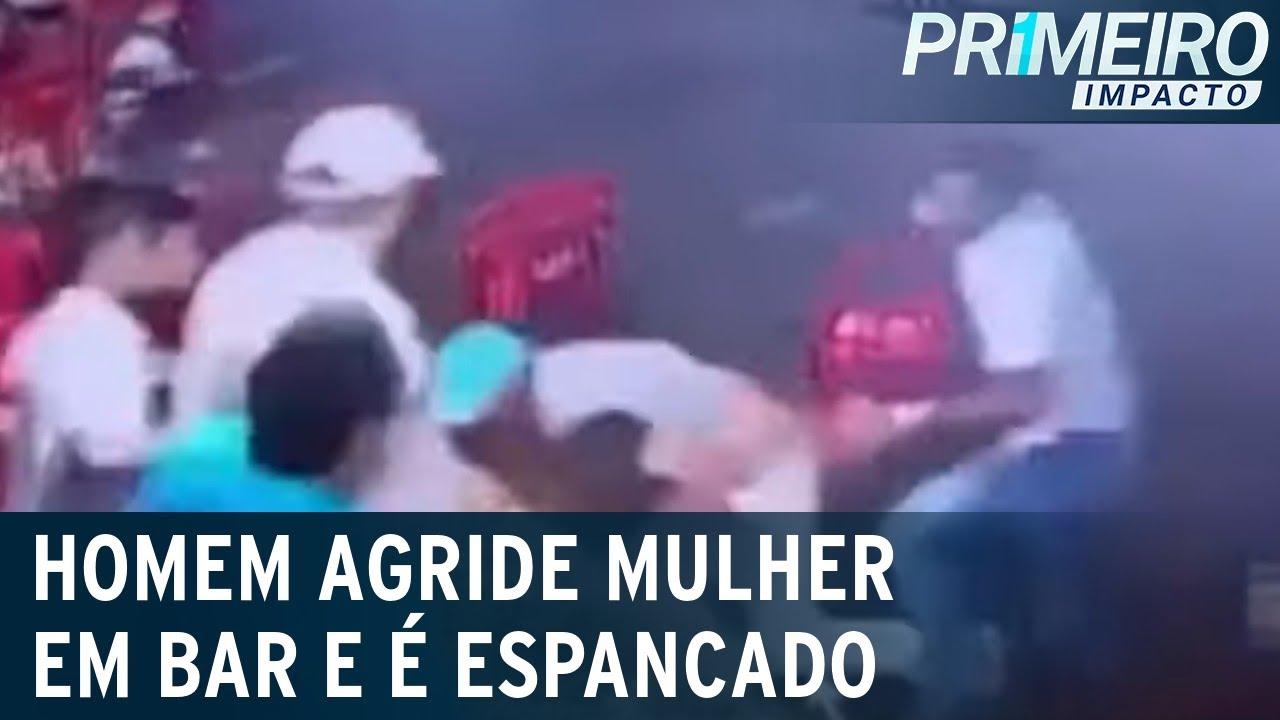 Download Flagrante: homem é espancado após agredir mulher em bar de Goiás | Primeiro Impacto (13/10/21)