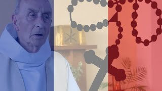 Catholic priest savagely attacked DURING MASS in France! HD