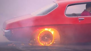 red hot rims burnout at burnout masters qualifying for summernats