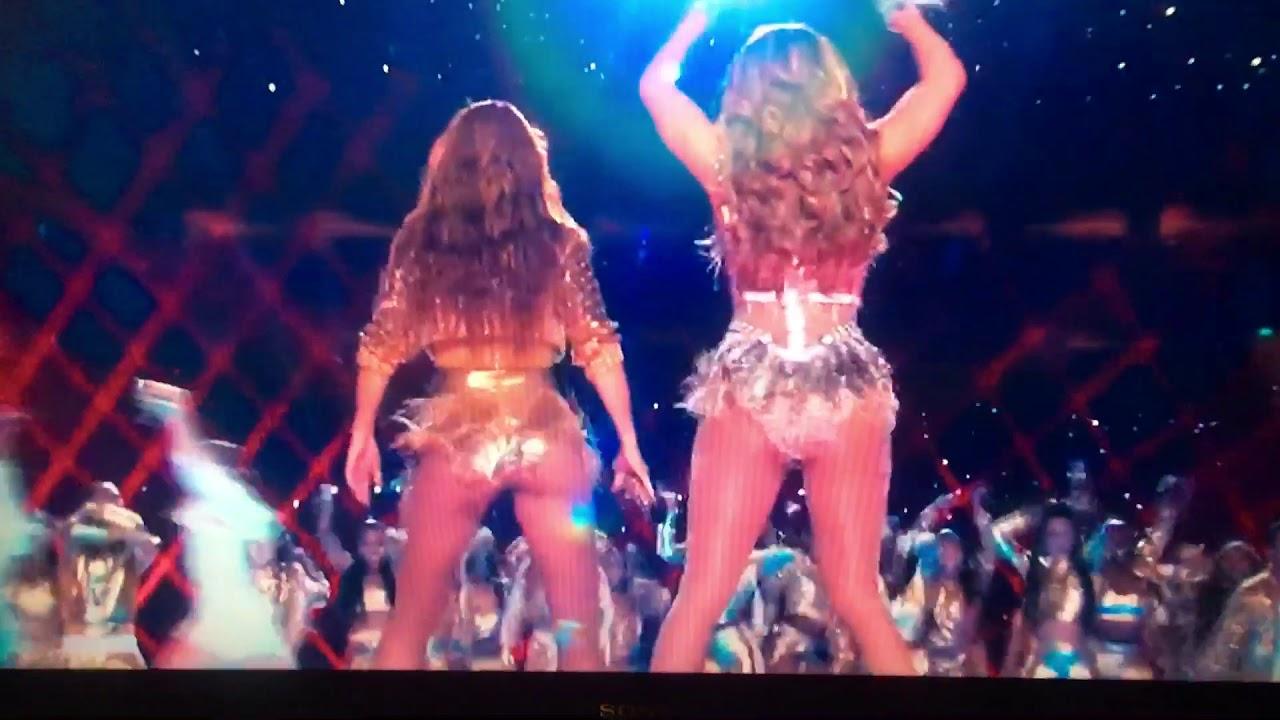 Shakira and JLo twerk in 2020 Superbowl 54 Halftime Show