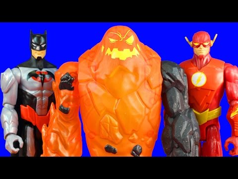 Batman Unlimited Molten Mayhem Set With Batman The Flash And Breakaway Armor Clayface