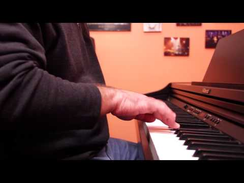 من تحت لفوق: بيانو