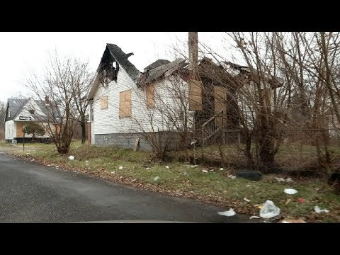 THE EAST SIDE OF DETROIT NEAR 8 MILE RD