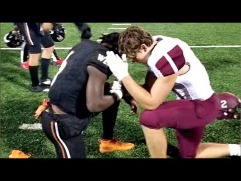 Ken Payne - High School Football Player Prays With Opponent Whose Mother Has Cancer