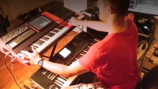 LooneyLab DNA handmade workstation keyboard.