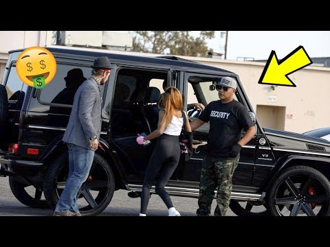 HOLLYWOOD GOLD DIGGER PRANK!