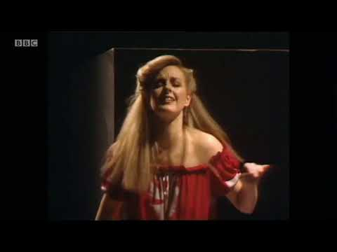 Legs & Co - 'It's A Love Thing' Top Of The Pops The Whispers