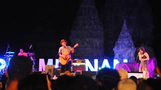 Video STARS AND RABBIT - MAN UPON THE HILL Live PRAMBANAN JAZZ 2017 [FANCAM] download MP3, 3GP, MP4, WEBM, AVI, FLV Juni 2018
